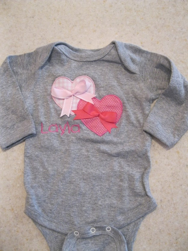 Valentines Onesie-Valentines day onesie, holiday shirt, persoanlized onesie, personalized baby shirt and onesie