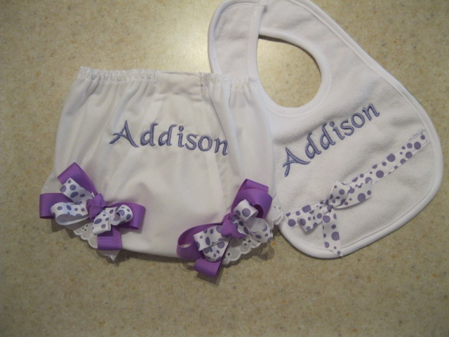 Diaper cover & Bib set-bloomer & bib set, diaper cover, persoanlized diaper cover, personalized bib, baby bib, baby diaper cover with bows