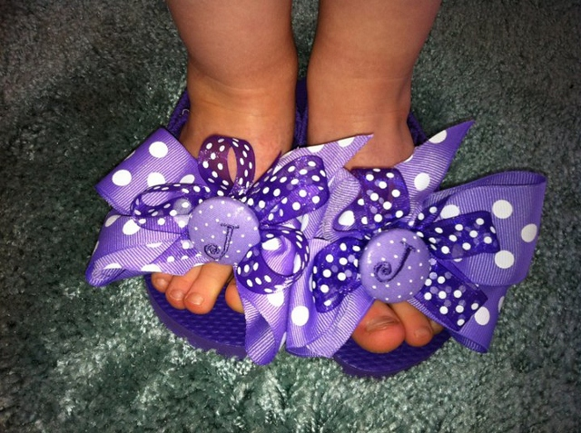 Flip Flops with Bows-persoanlized flip flops, button flip flops, flip flops with bows