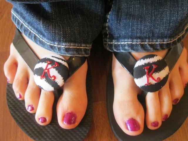 Button Flip Flops-button flip flops, personalized flip flops, wedding gifts,