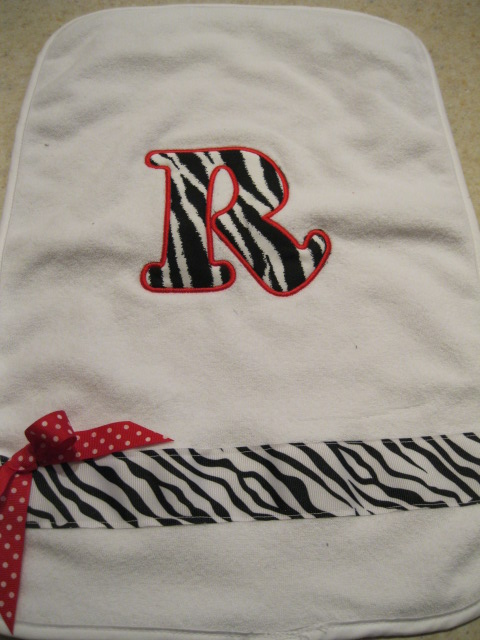 Applique Burp Cloth-monogrammed burp cloth, persoanlized baby gift