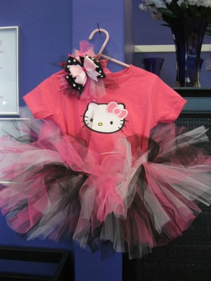 Hello Kitty Tutu & Bow